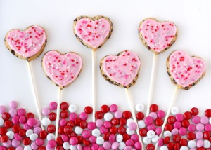 Heart cookie pops