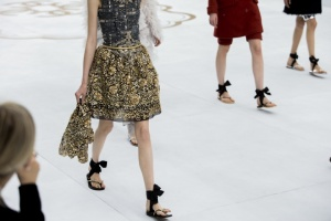 chanel-couture-fall-2014-02_153850984490.jpg_carousel_parties