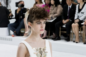 chanel-couture-fall-2014-09_153900717491.jpg_carousel_parties