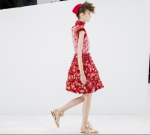 chanel-couture-fall-2014-21_15391772727.jpg_carousel_parties